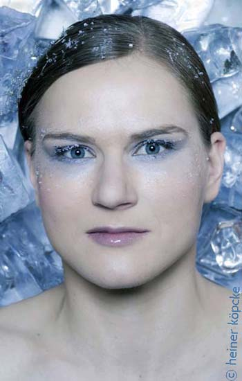 "<h2>Jenny Wolf</h2><div id='trenner'></div>Jenny Wolf, Eisschnelllauf, Olympiaserie ""Eiskalt"" <div id='trenner'></div> <div id='tags'>Schlagworte: <a href='/kategorie/eisschnelllauf' rel='tag' title='' class='active'>Eisschnelllauf</a> 